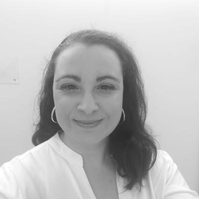 Academic Advisor - Vania Alves